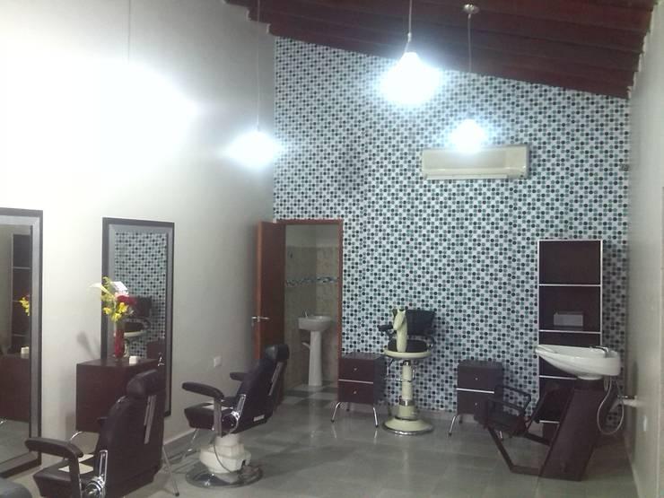 El Interior:  de estilo  por Arq. Alberto Quero