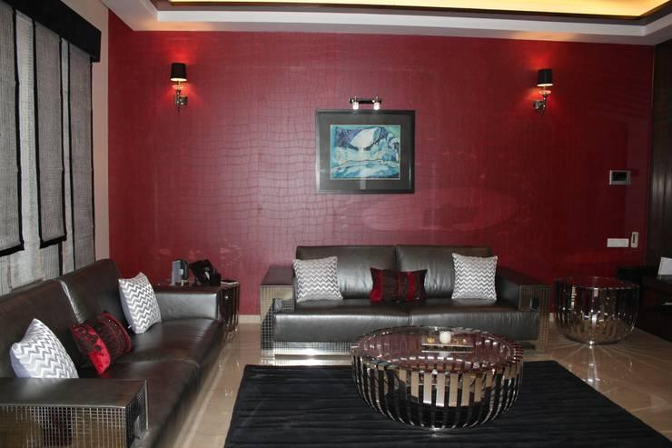 Mrs. Jaspreet Panesar:  Multimedia room by Designworks
