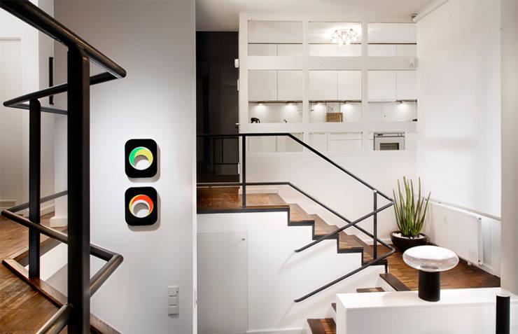Corridor, hallway & stairs  by Gisbert Pöppler Architektur Interieur
