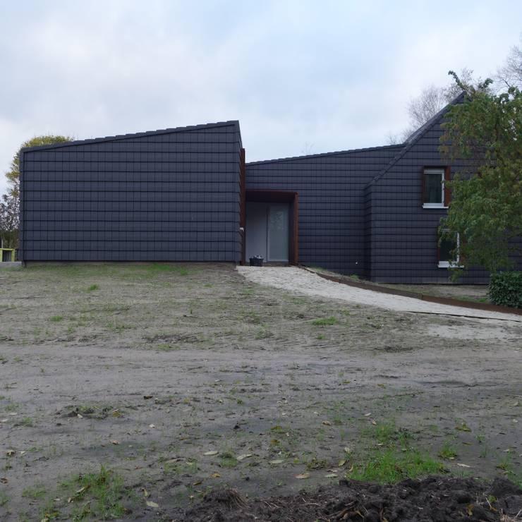 Nieuwbouw woning Staategaard - Tielemans: moderne Huizen door bv Mathieu Bruls architect
