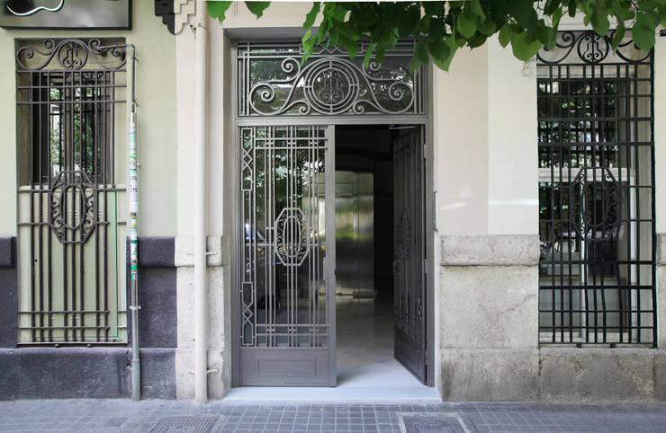 Houses by estudio de interiorismo pilar Gimeno