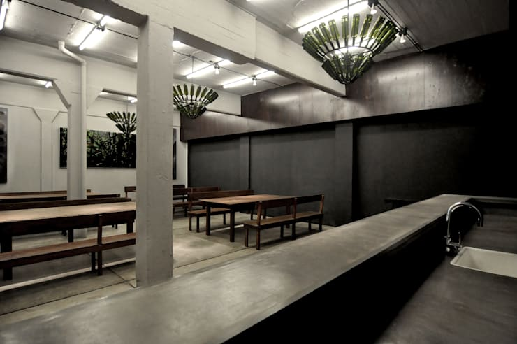 Dining room by Ramiro Zubeldia Arquitecto