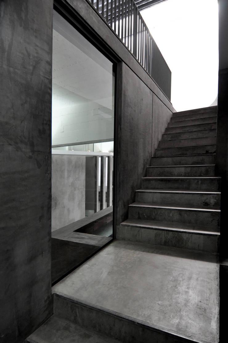 Flur & Diele von Ramiro Zubeldia Arquitecto