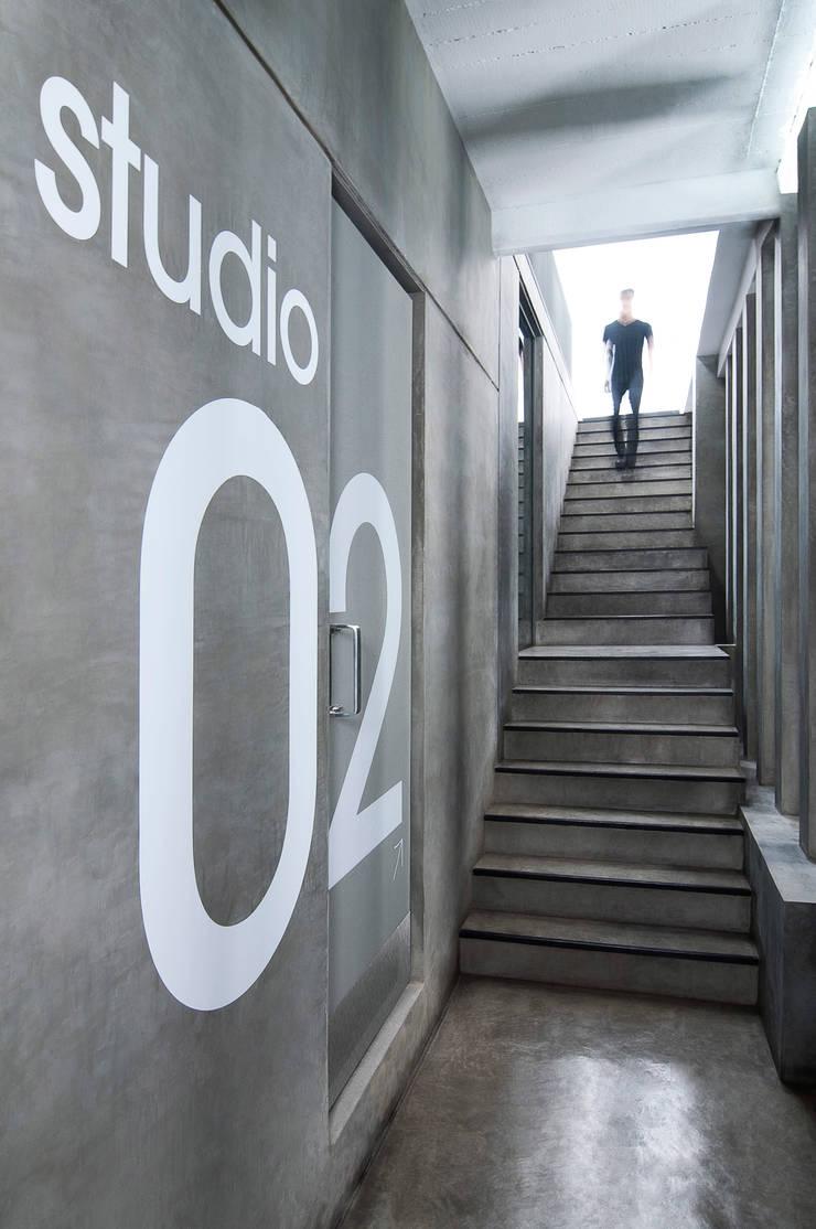 Corridor & hallway by Ramiro Zubeldia Arquitecto