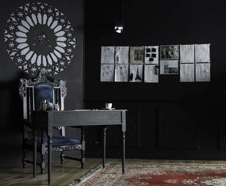 El Trono: Espacios comerciales de estilo  por CM ephimeral