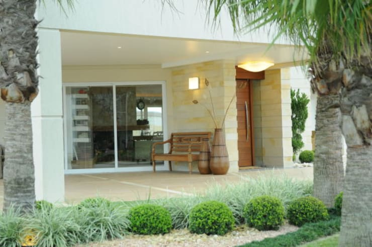 Casa Atlântida Ilhas Park: Casas modernas por João Luís Linck | Arquitetura