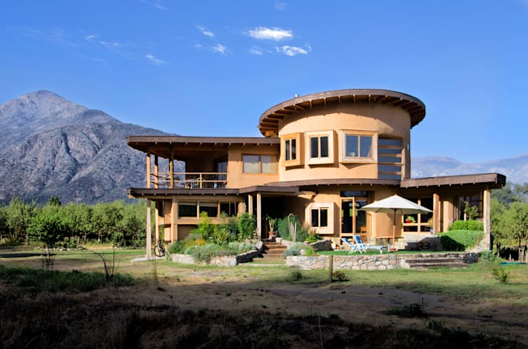 Casas unifamiliares de estilo  por ALIWEN arquitectura & construcción sustentable