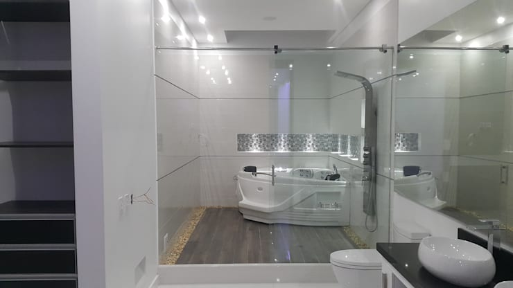 Bathroom by Camilo Pulido Arquitectos