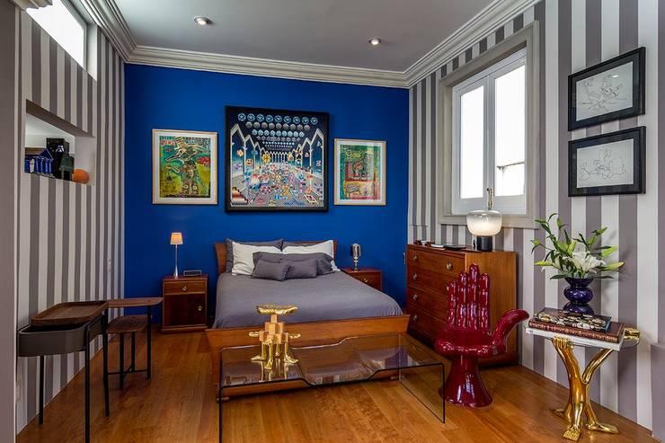 Dormitorios de estilo  por Elías Arquitectura