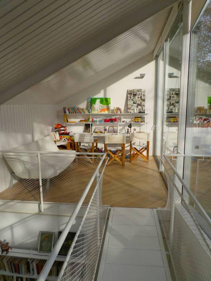 Casa Las Arañas: Livings de estilo  por Norte Arquitectura y Construccion,Moderno