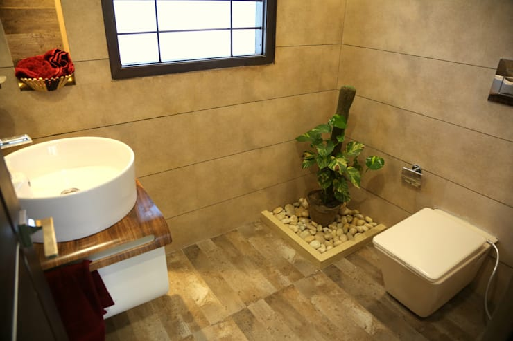 modern Bathroom by Aayam Consultants
