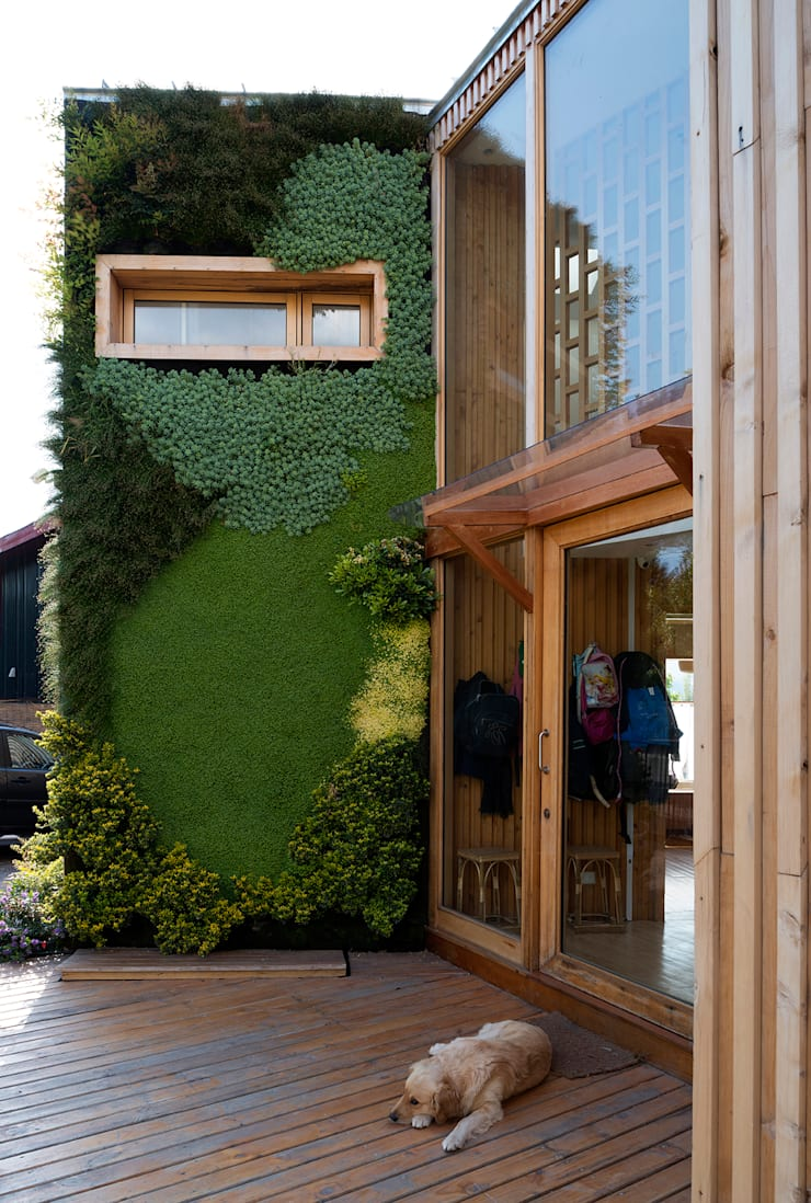 CASA ITAHUE: Casas de estilo  por VERDE360