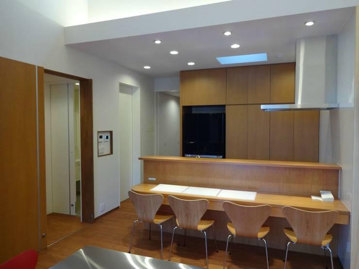 廚房 by 有限会社 橋本設計室