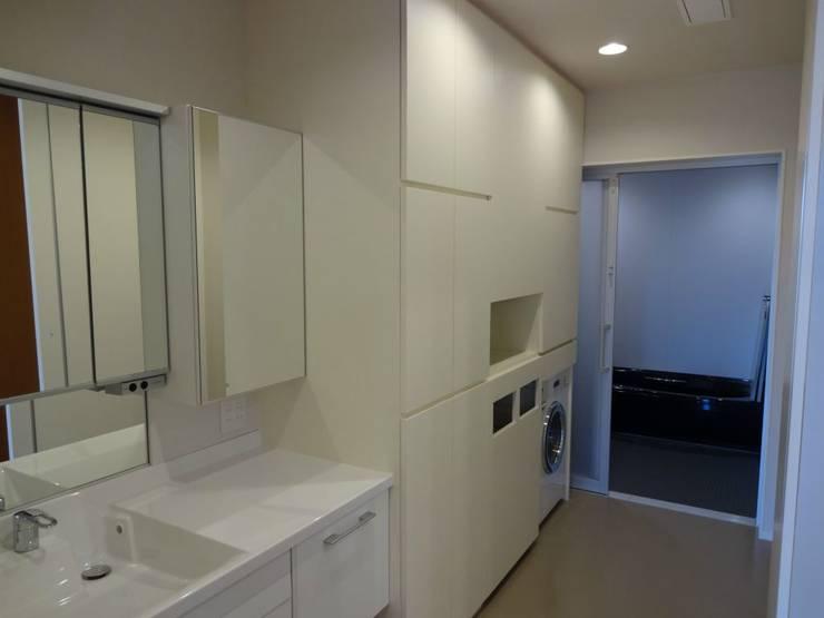 浴室 by 有限会社 橋本設計室