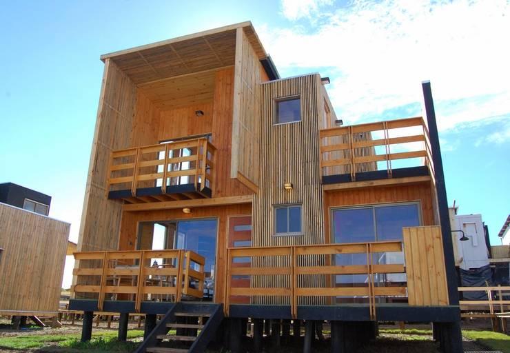 Patios & Decks by EstradaMassera Arquitectura