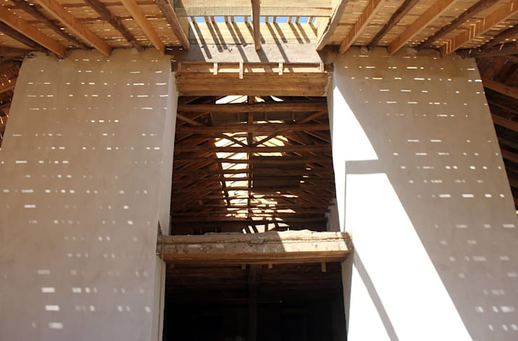 Reparación y Rehabilitación de Galpón en Toquihua por ALIWEN: Casas unifamiliares de estilo  por ALIWEN arquitectura & construcción sustentable