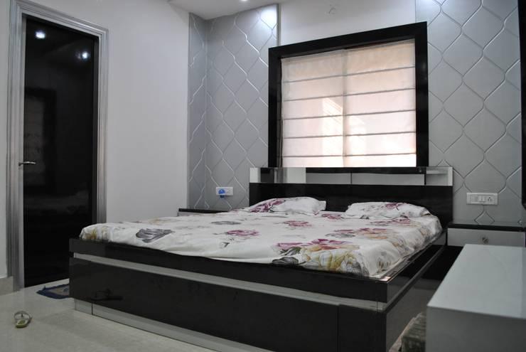 Nawab alam:  Bedroom by Arturo Interiors