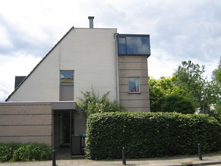 Uitbreiding particuliere woning te Utrecht:  Huizen door CMOarchitect bna, Modern