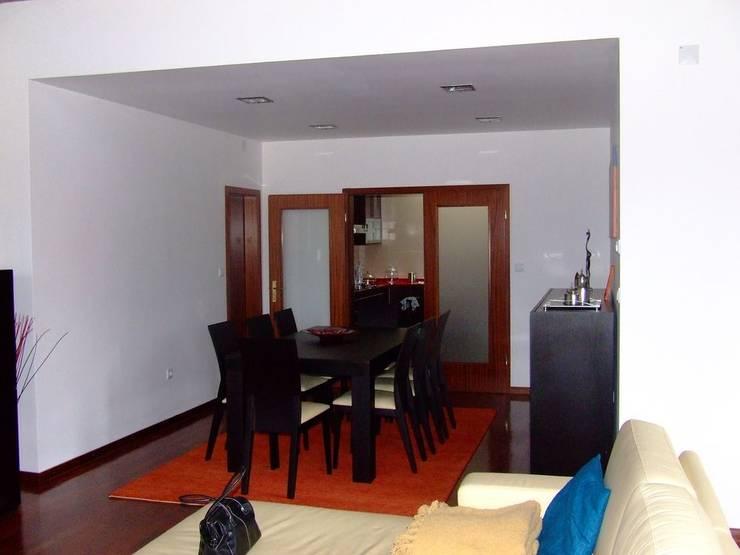 Salle à manger de style de style Moderne par Vasco Rodrigues, arquitecto