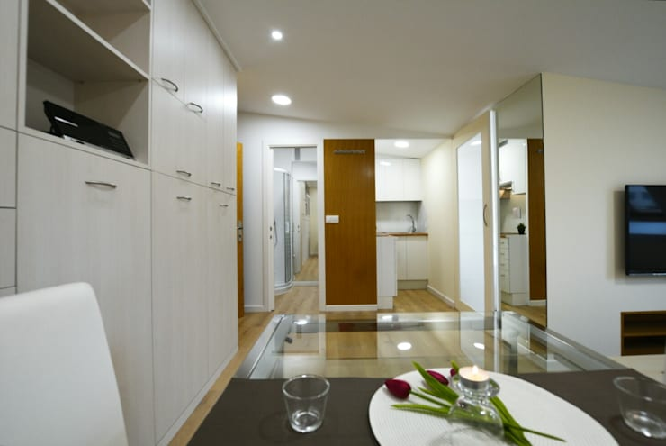 Home Staging para apartamento en alquiler:  de estilo  de Ya Home Staging