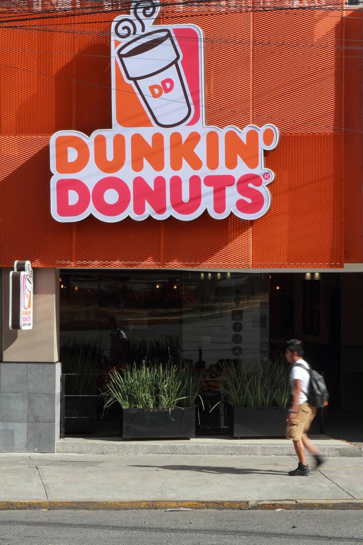 Dunkin' Donuts Tecamachalco: Casas de estilo  por Metro arquitectos