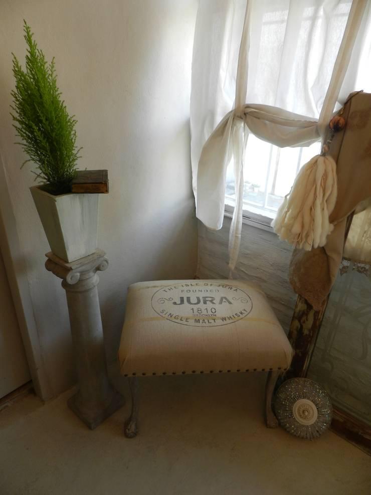 Espacios de la provence: Livings de estilo  por Sepia reciclados,
