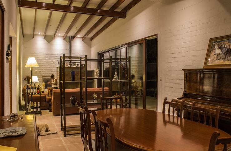 Comedores de estilo  por FURSE.arquitectura
