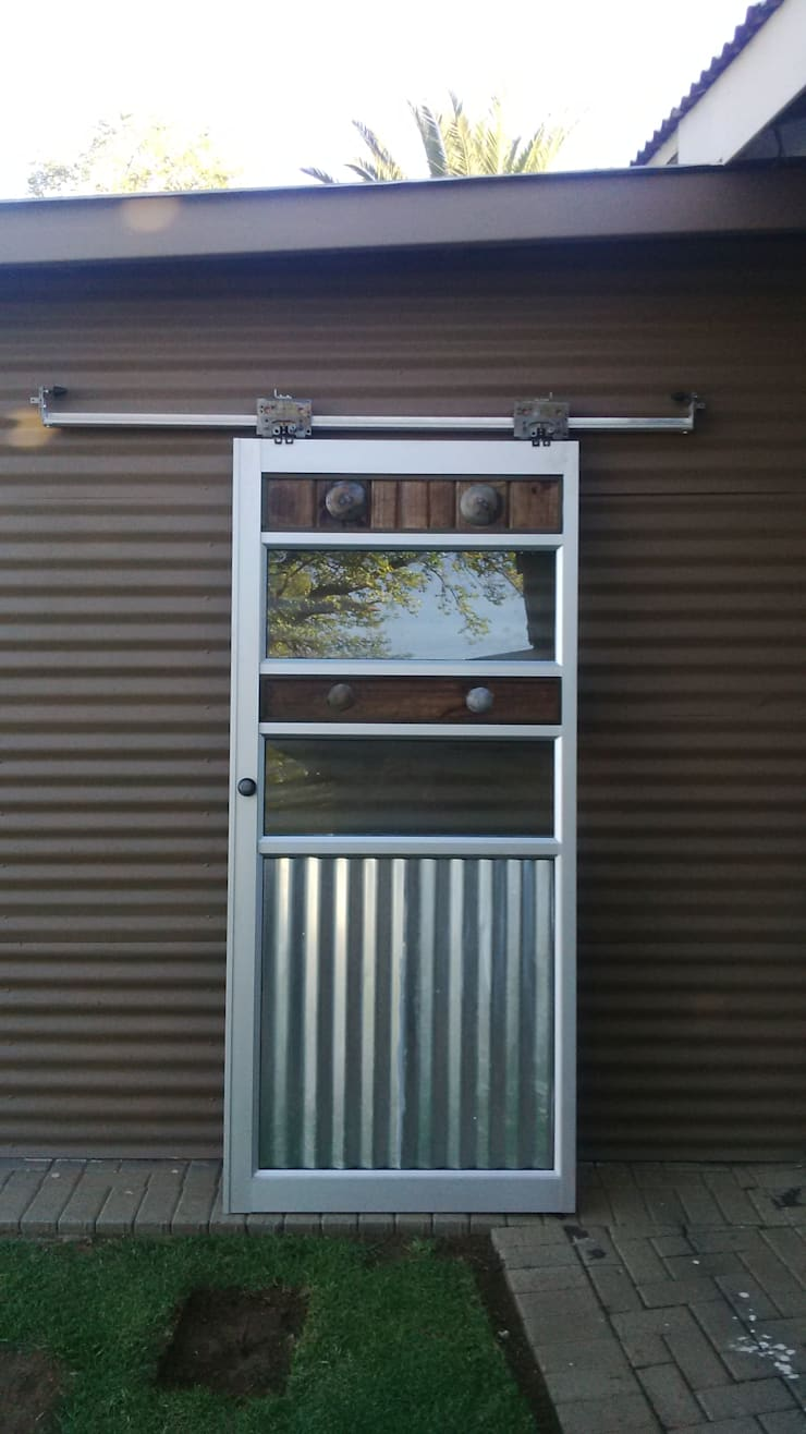 Our latest rustig contemporary barn sliders:  Windows by Tech Glass and Aluminium
