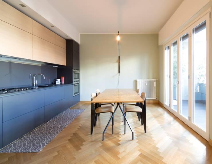 La Dolce Vita: Cucina in stile  di Interior Relooking