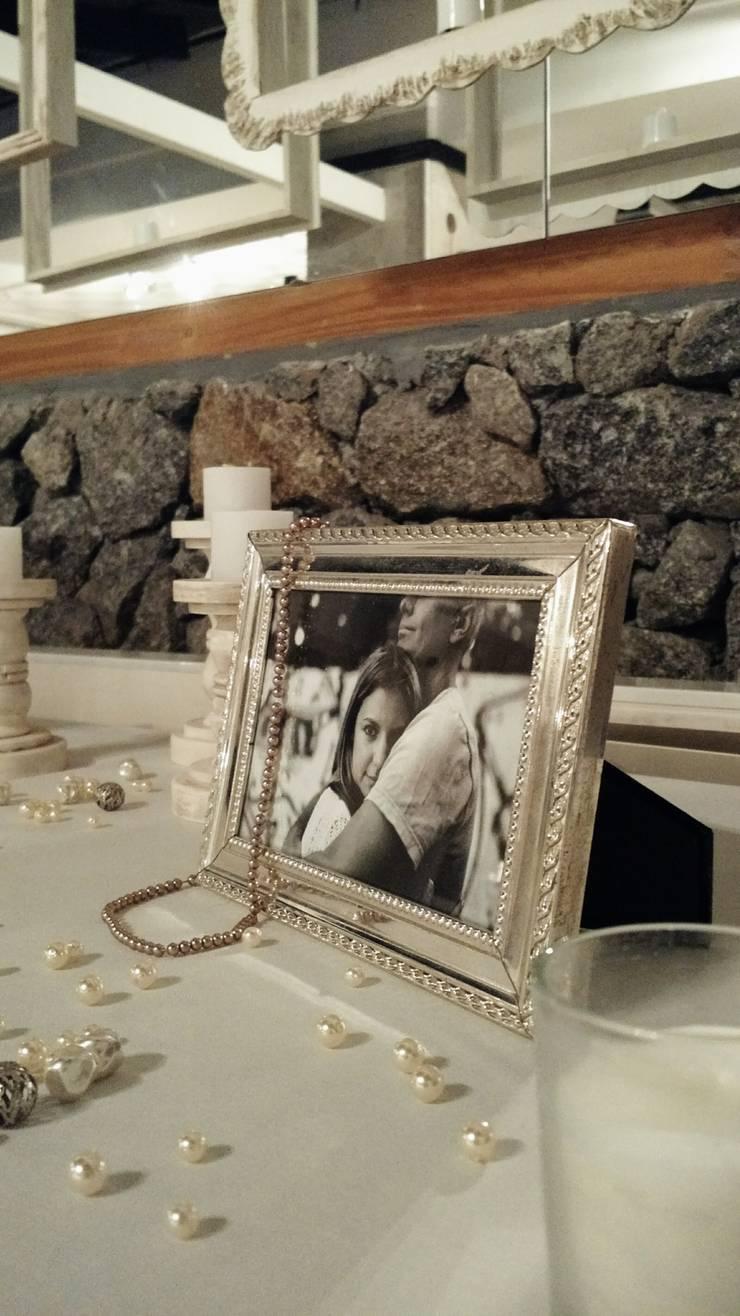 Casamiento de estilo Romantico – Frances: Comedores de estilo  por Araceli Fernandez Ibarguren