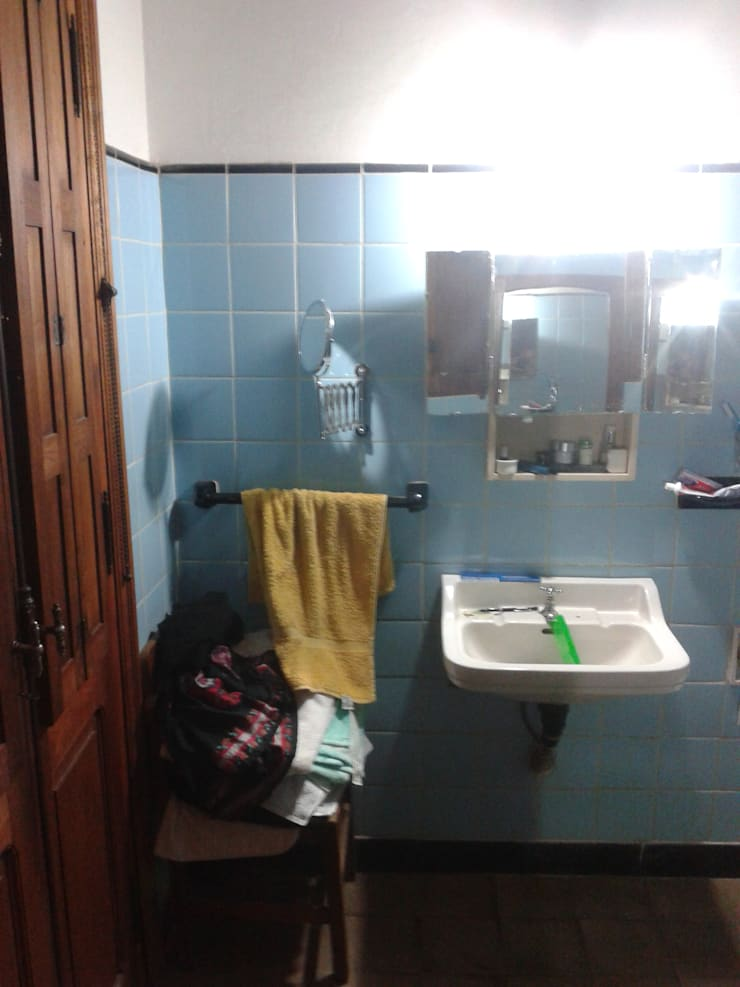 re-modelando un baño:  de estilo  por Arq Mauricio Perdomo,