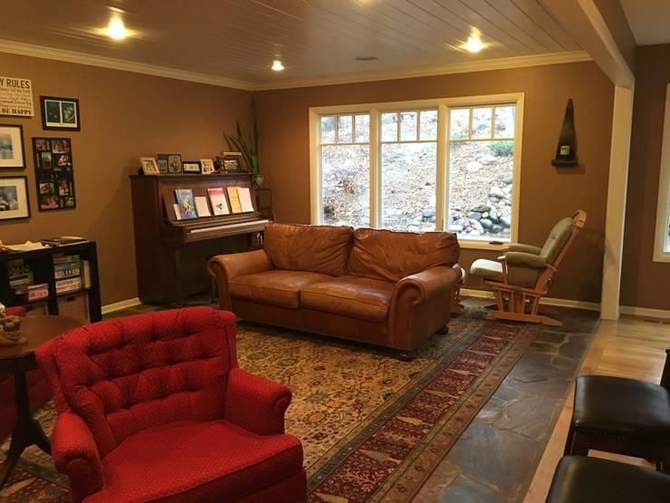 Sala de estar ANTES imagen:  de estilo  por SilviaKarounos Decor Studio