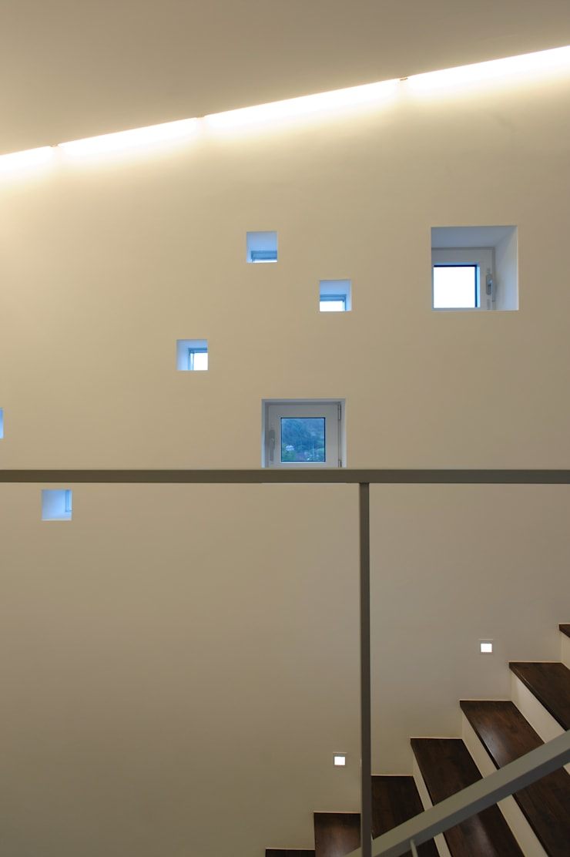 수능리 주택 (Suneungni house): 위빌 의  창문,