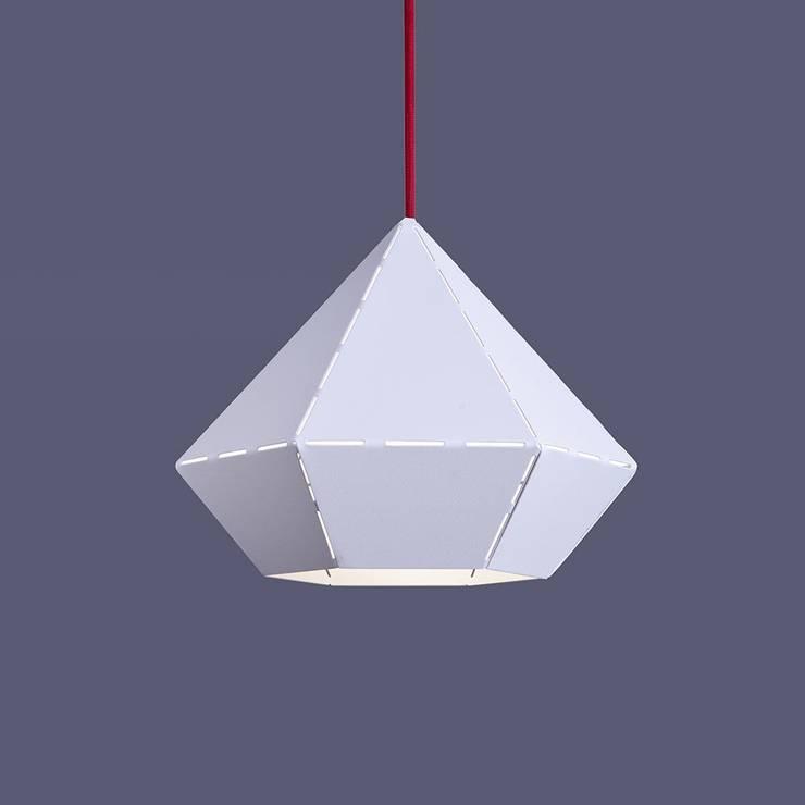 Diamond / Design Pendelleuchte Ø 25 cm / Weiss, Rot:  Wohnzimmer von Licht-Design Skapetze GmbH & Co. KG