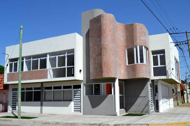 U1 Esq Vte Lopez y Salta:  de estilo  por Umbral Estudio Arquitectura