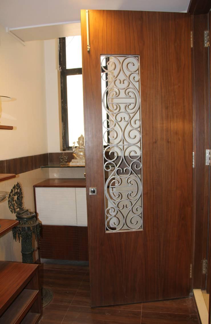 Prabhadevi : minimalistic Houses by Elevate Lifestyles