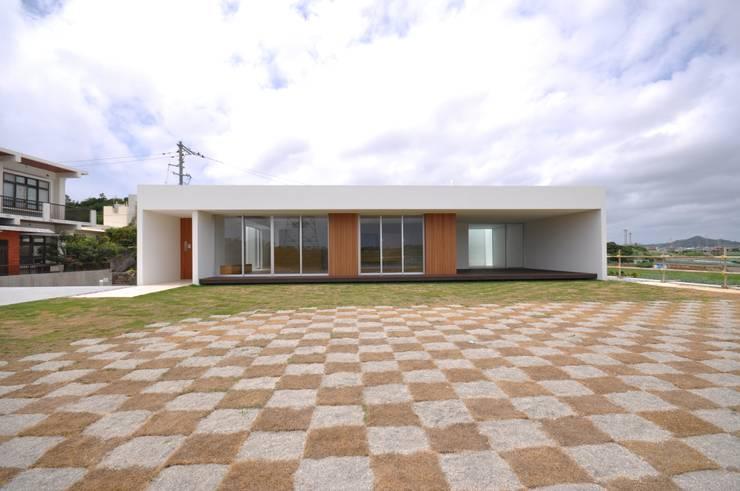 NKZT-house: 門一級建築士事務所が手掛けた家です。