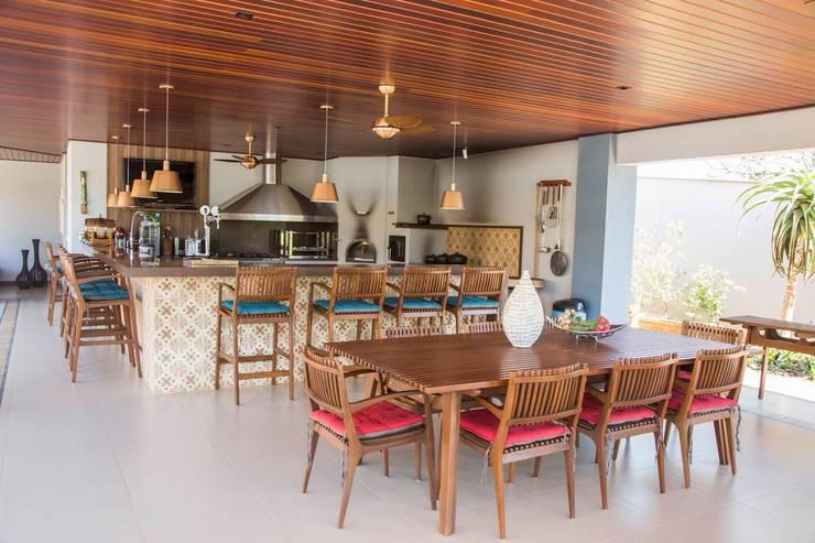 Comedores de estilo  de Érica Pandolfo - arquitetura / interiores, Moderno