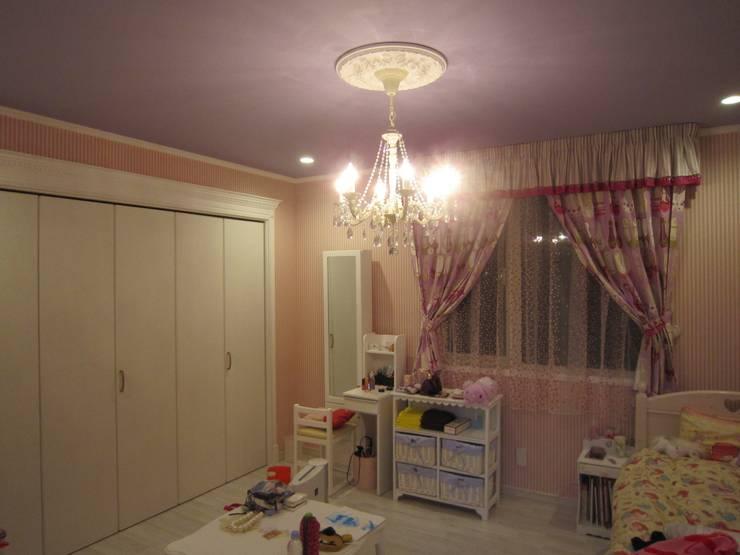 憧れのファッションモデルの世界に浸りたい: HONEY HOUSEが手掛けた子供部屋です。