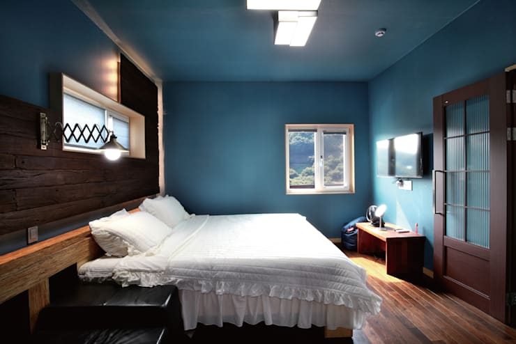 Bedroom by 꿈꾸는목수