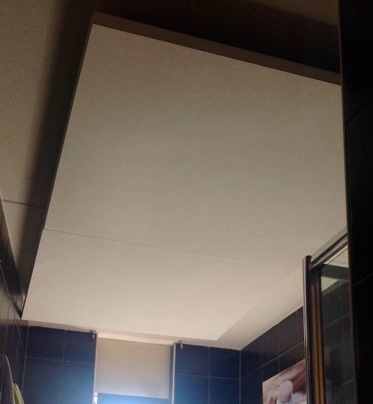 Star Ceiling Bathroom with fiber optic and LED light, shooting stars:  Badkamer door MyCosmos, Modern