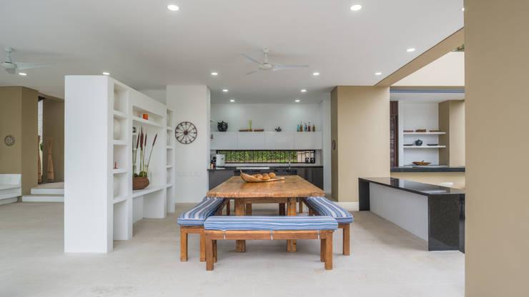 Cocinas de estilo minimalista por David Macias Arquitectura & Urbanismo