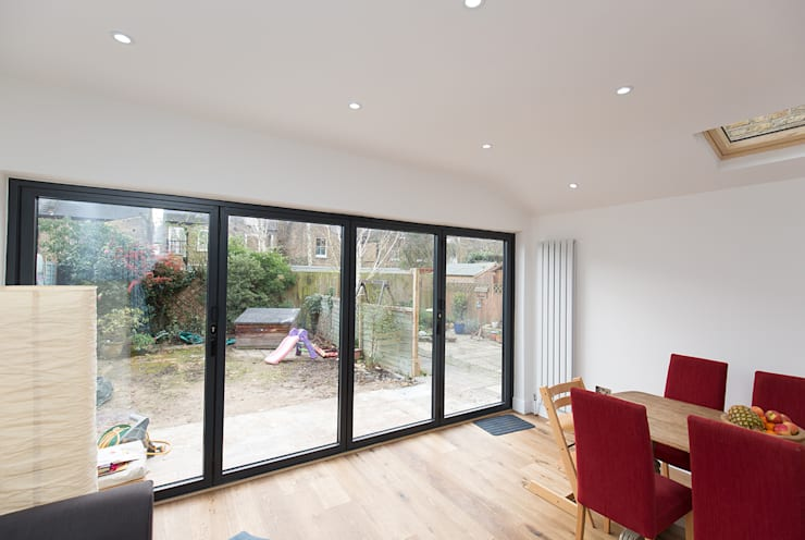 Let the light in to your room!: modern Conservatory by The Market Design & Build