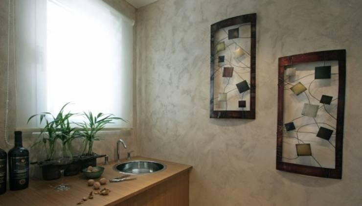 Refugio para la Pareja dentro de una Casa: Baños de estilo  por Xime Russo Interiores ,