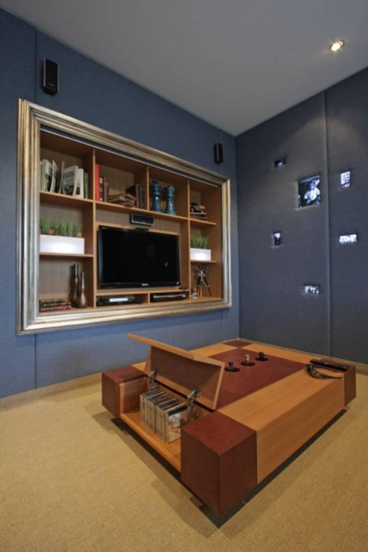 Refugio para la Pareja dentro de una Casa: Yates y jets de estilo  por Xime Russo Interiores ,