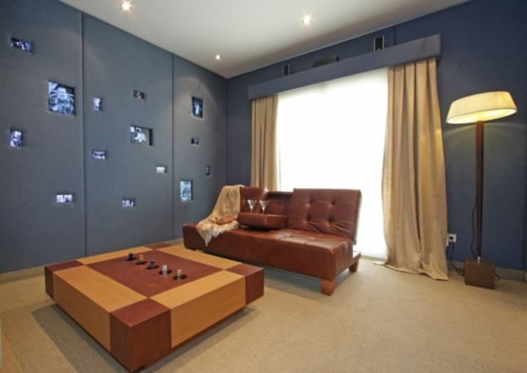 Refugio para la Pareja dentro de una Casa: Livings de estilo  por Xime Russo Interiores ,