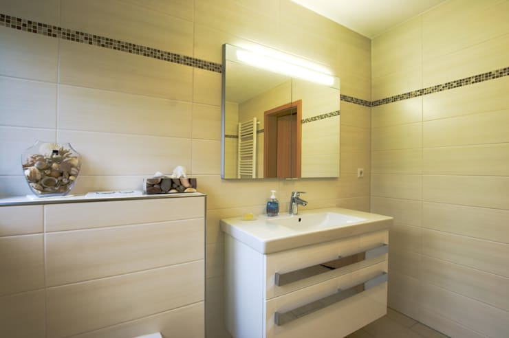 Badezimmer By Immobilienphoto Com Homify