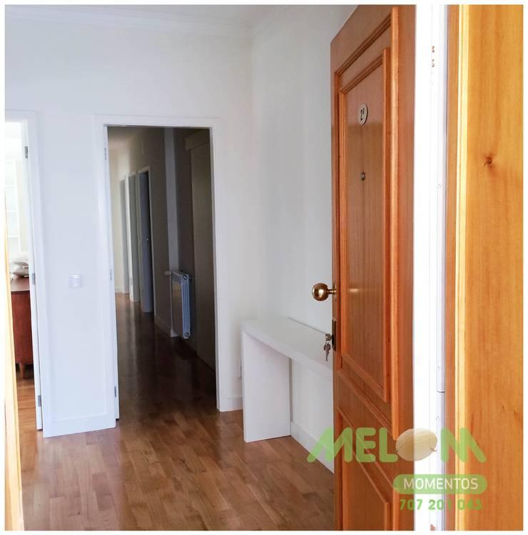 Remodelação de Apartamento: Corredores e halls de entrada  por MELOM Momentos