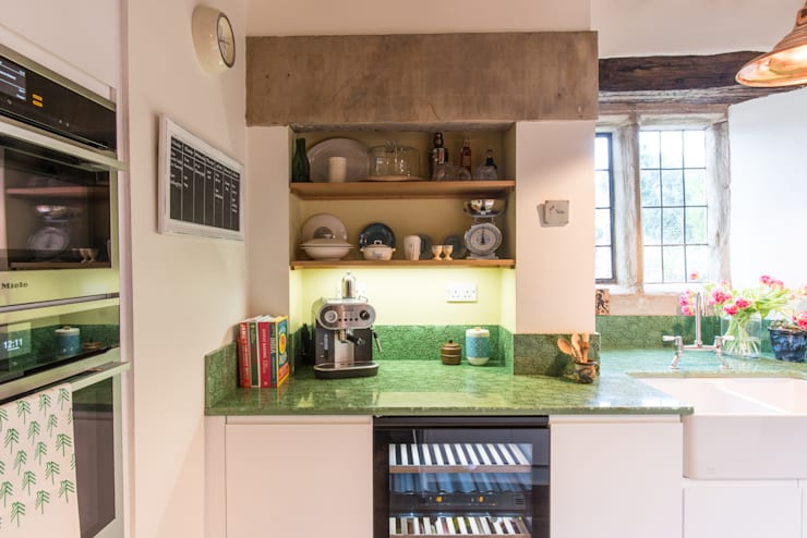 Cocinas de estilo moderno por Sheffield Sustainable Kitchens