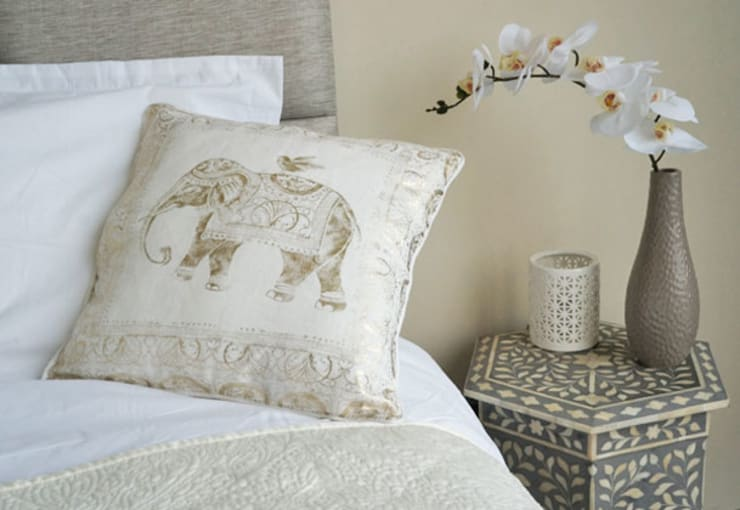 Appartement Dubai:  Slaapkamer door By Lenny